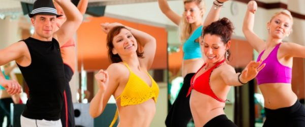 Zumba fitness             all'aria aperta